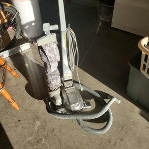 Kirby Vacuum W/attachments for Sale in Corona, CA