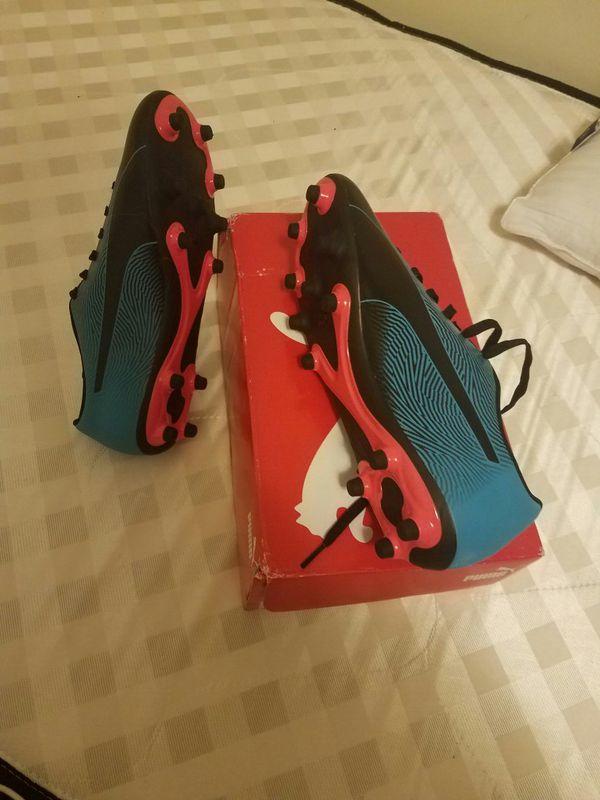 Soccer shos