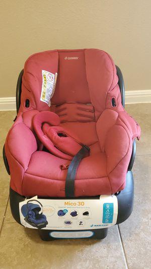 Car seat maxi -cosi red for Sale in Killeen, TX