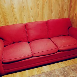 Free Sofa Pickup Tomorrow Between 5pm-8pm for Sale in Raleigh, NC