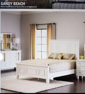 BEDROOM SET - NEW IN BOX - WHITE QUEEN BED, DRESSER, MIRROR & NIGHTSTAND for Sale in Santa Ana, CA