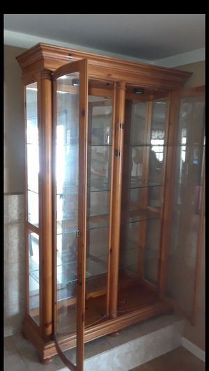 Curio Display Cabinet - Free Delivery for Sale in Las Vegas, NV