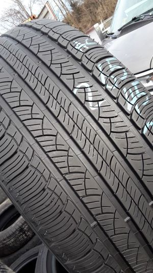265/45-20 #1 tire for Sale in Alexandria, VA