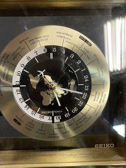 Beautiful Decoration Clock 🕰 for Sale in Vernon,  CA
