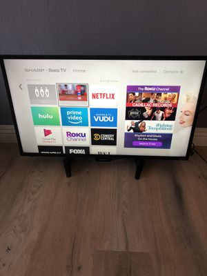 """27"""" SHARP ROKU LED TV IN GOOD CONDITION for Sale in Anaheim, CA"""