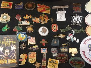 Lot of Vintage Collectable Pins Budweiser-Coke-USA-Disney-Misc for Sale in Grove City, OH
