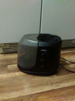 Cool mist humidifier for Sale in Marengo, OH