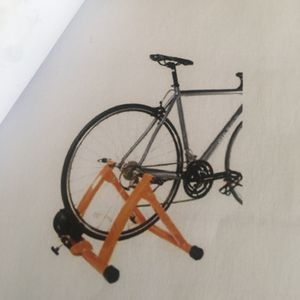 Indoor magnetic bike trainer stand for Sale in Newport, RI