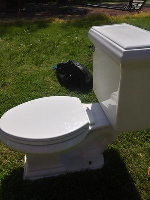 Kohler Toilet for Sale in Phoenix, AZ