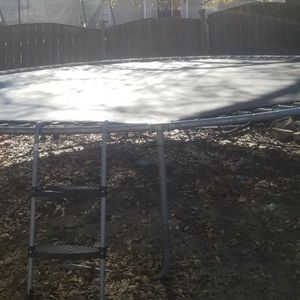 Trampoline For Parts Free for Sale in Columbia, SC