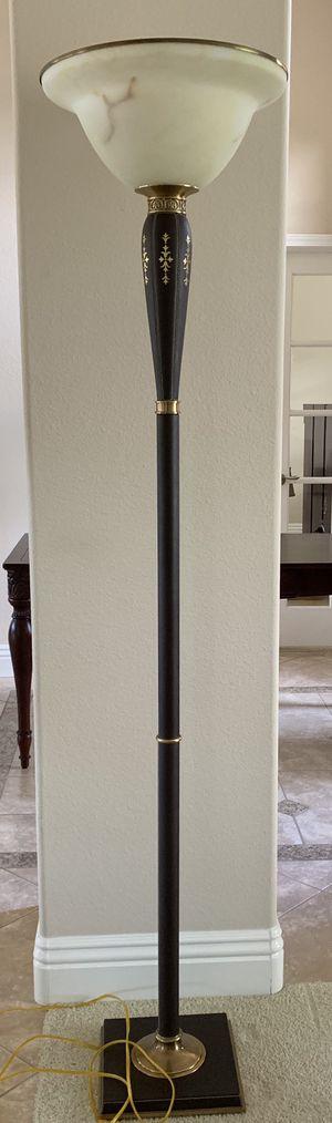Floor lamp for Sale in Oceanside, CA