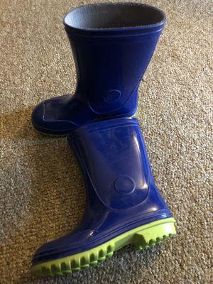 Size 11 rain boots for Sale in Cincinnati, OH