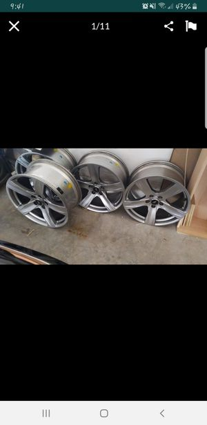 Mustang Rims with Tires 19' for Sale in Plantation, FL