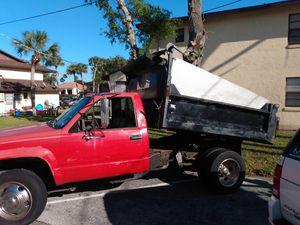 Chevy Silverado 3500 dump truck for Sale in Holly Hill, FL