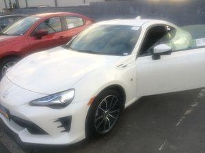 New Toyota 86 RWD 2 door car! for Sale in Los Angeles, CA