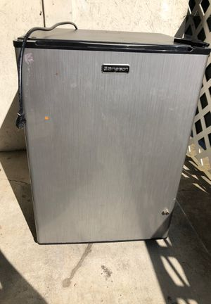 Emerson refrigerator for Sale in Mountain View, CA