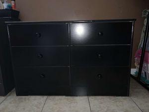 Black 6 drawer dresser $130 for Sale in South Gate, CA