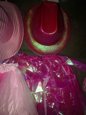 Costume hats for girls for Sale in El Monte, CA