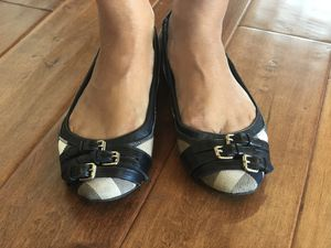 Authentic Burberry sandals size 37.5 for Sale in Los Angeles, CA