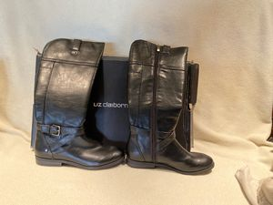 Ladies boots Liz Clairborbe for Sale in Tempe, AZ