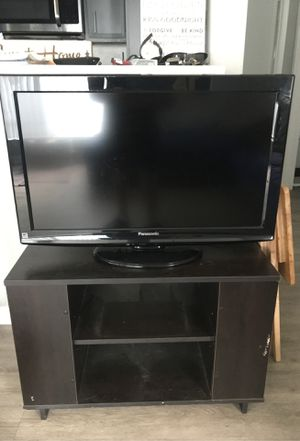 """32"""" Panasonic TV for Sale in San Diego, CA"""