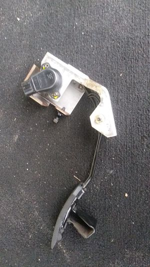 Gas pedal sensor for G35 coupe 04 for Sale in Tampa, FL
