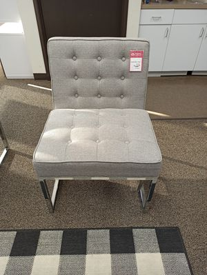 Accent Chair, Grey for Sale in Santa Fe Springs, CA