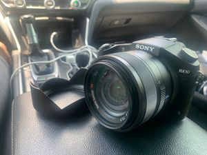 Rx10 with Charger (4K) for Sale in Tampa, FL