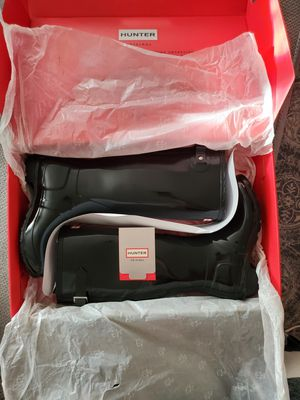 HUNTER Women's Original Tall Back Adjustable Gloss Rain Boots: Black for Sale in Kent, WA
