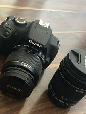 CANON EOS REBEL T5 *MINT* W/ CAMERA BAG for Sale in West Palm Beach, FL