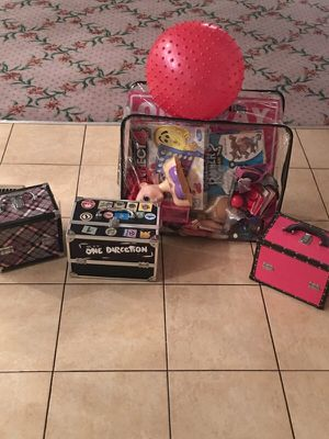 Package deal 3 make up boxes and a bag full of toys for Sale in Charlotte, NC