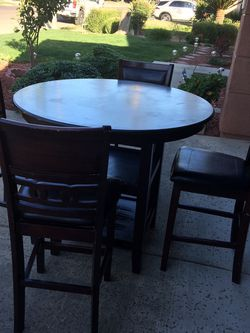 Pub Dining Table Set for Sale in Fresno,  CA