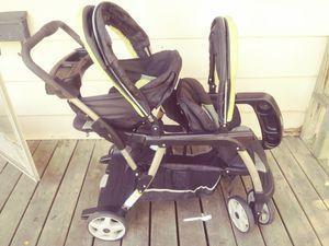 Graco Double Stroller for Sale in Newton, KS