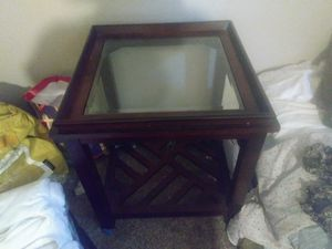 Nice solid wood square end table or nightstand with Beveled Glass top. for Sale in Manteca, CA