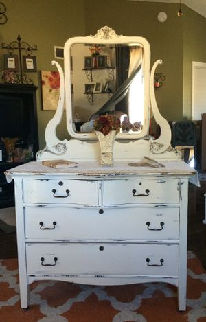 Gorgeous Antique White Dresser with Mirror for Sale in Chandler, AZ