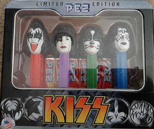 $5 KISS COLLECTIBLE PEZ for Sale in Roosevelt, AZ