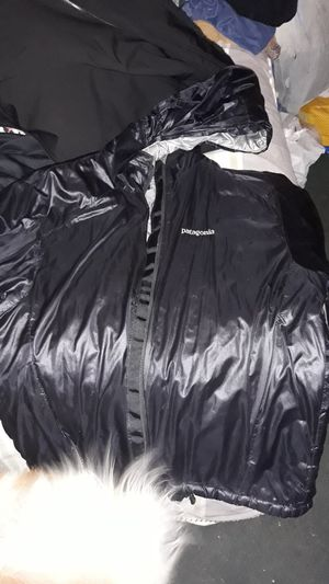 Patagonia black size small for Sale in Denver, CO