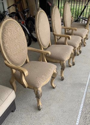 6 Dining Chairs for Sale in Wellington, FL
