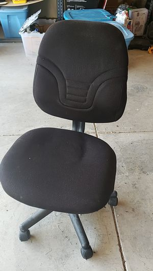 Office chair FREE mpu for Sale in San Antonio, TX