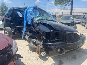 2006 GMC Envoy 4.2L For Parts for Sale in Houston, TX