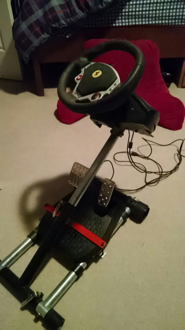 Thrustmaster F430 Racing Wheel (PS3, Xbox 360,PC)