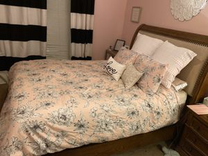 Bedroom set with mattress for Sale in Ewing Township, NJ