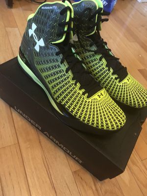 Under Armour Clutchfit drive NEW for Sale in Ashburn, VA