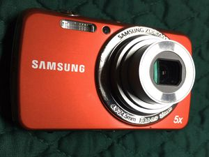 Digital Camera Samsung 14.5 MP for Sale in Driscoll, TX