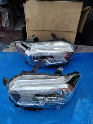 2016 - 2019 Toyota Tacoma Headlights LED both side oem, front bumper oem parts for Sale in Los Angeles, CA