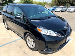 2015 Toyota Sienna for Sale in Davis, CA