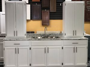 Kitchen cabinets for Sale in Monterey Park, CA