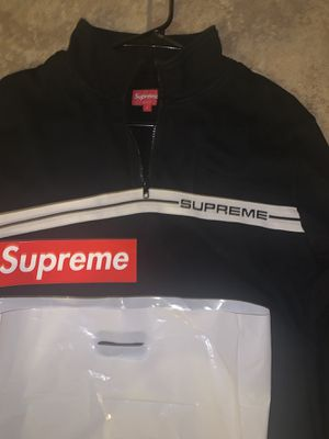 New Supreme half Zip Jacket Size Large Men's for Sale in Richmond, CA