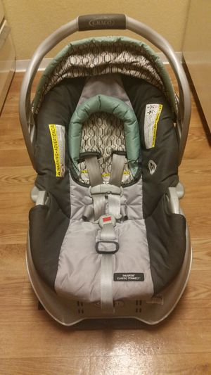 Graco Car Seat Grey&Turquoise for Sale in Seattle, WA