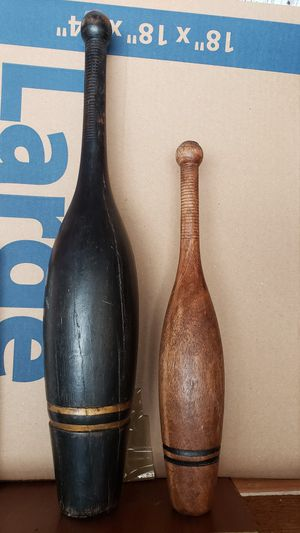 Vintage old bowling pins for Sale in Cypress, CA